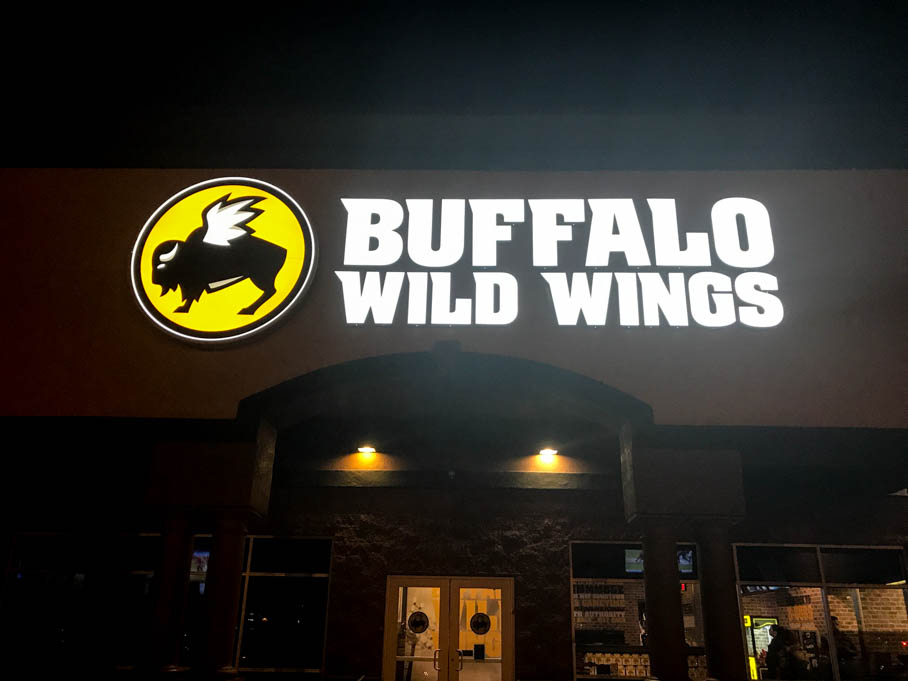 Buffalo Wild Wings Good Eats Tucson Arizona Local Mike Puckett GW-1