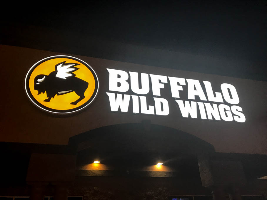 Buffalo Wild Wings Good Eats Tucson Arizona Local Mike Puckett GW-6