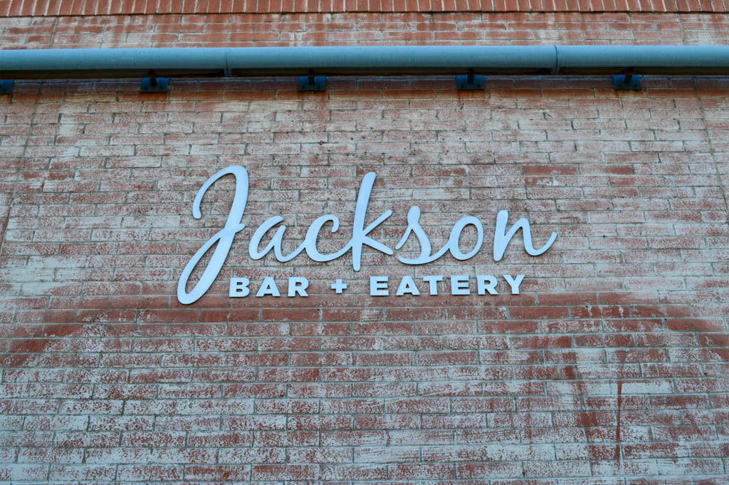 Jacksons Bar Eatery Good Eats Tucson Arizona Local Mike Puckett GW-1
